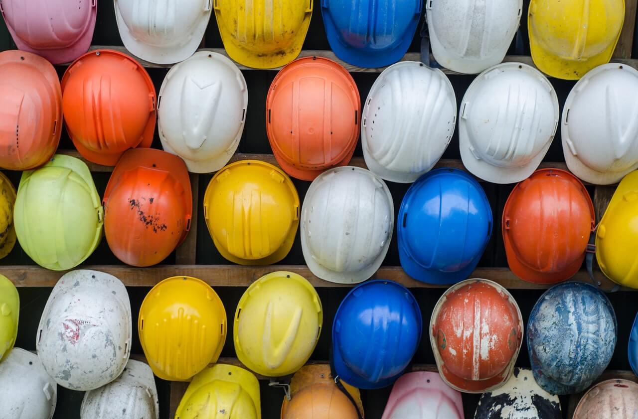 Luotettava asbestikartoitus selvittää millaista asbestia rakenteista löytyy ja mitä sen purkamiseksi tai koteloimiseksi tehdään.